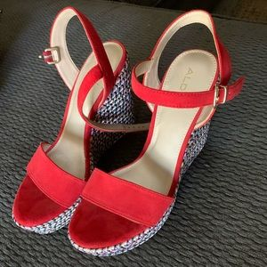 Aldo wedges red
